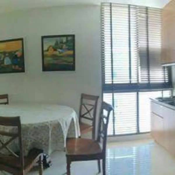 For Rent: Ideo Sathorn-Taksin at BTS Krung Thon Buri80 sqm 2 Bed 2 Bath Bangkok Condo Unit Located On The 21st Floor.37,...