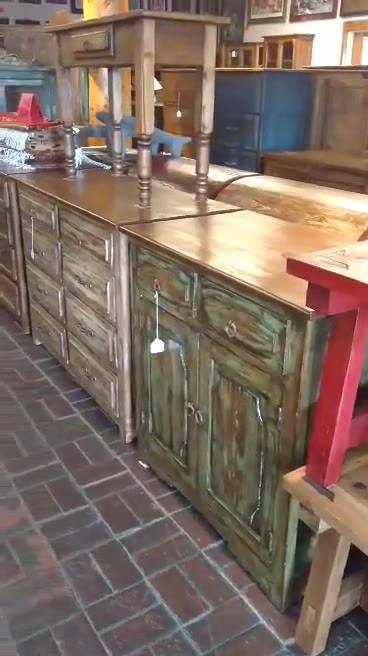 Are you a retailer and looking for stuff? WholeSale Prices for Retailers!!! More info. elbarzonfurniture@gmail.com