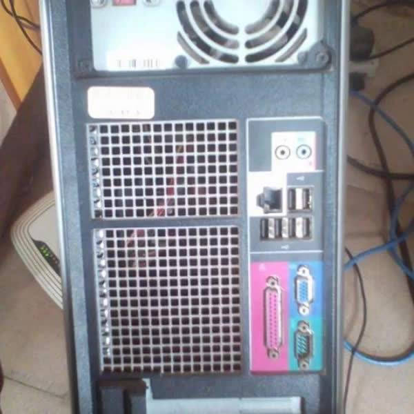 """Dual core 2.8ghz, 6gb ram, 500gb hard disk, 16"""" monitor, keyboard and mouse for a cool Gh¢750.00 negotiable. Call or wha..."""