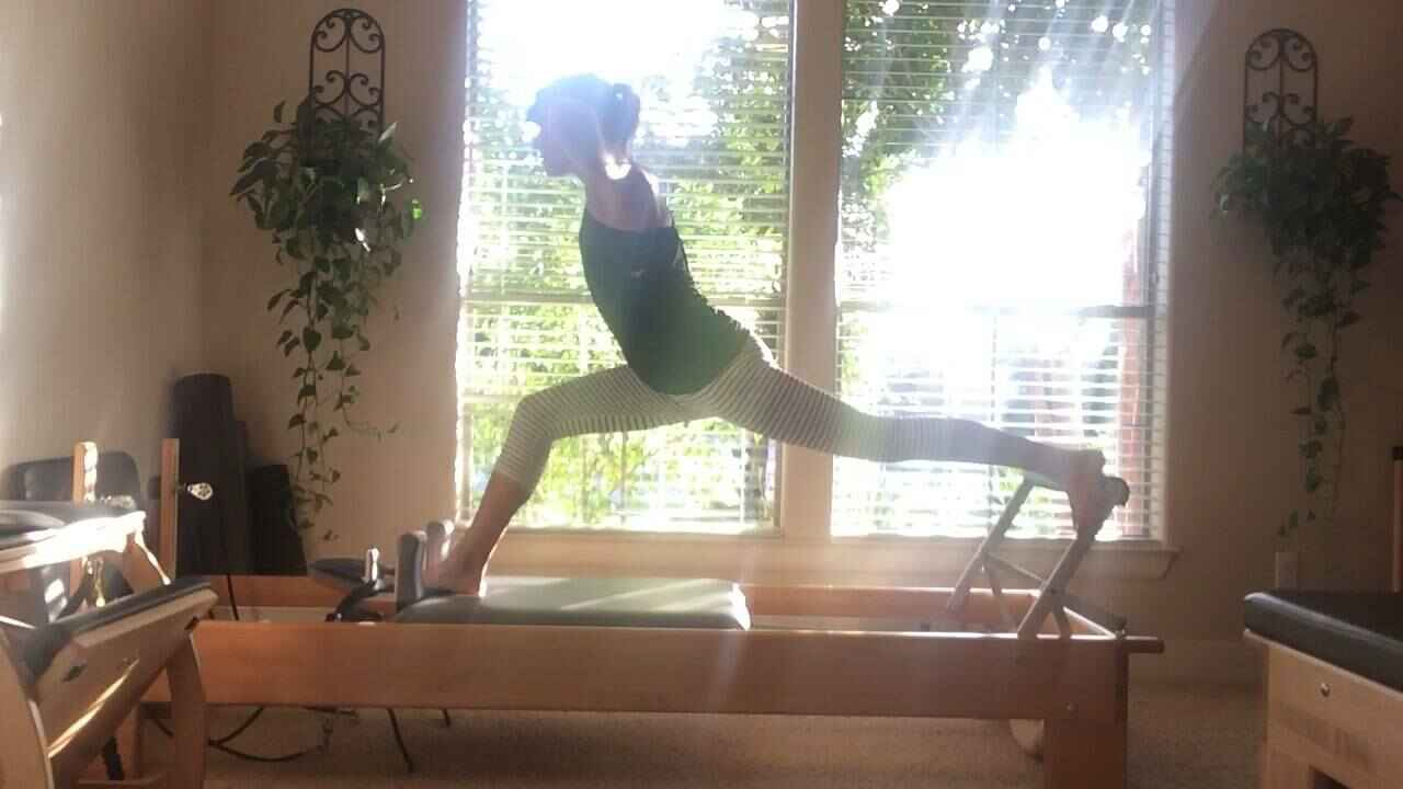 Perfect night for {RUSSIAN SPLITS} on the REFORMER!!! The goal of this exercise is to improve alignment, balance and con...