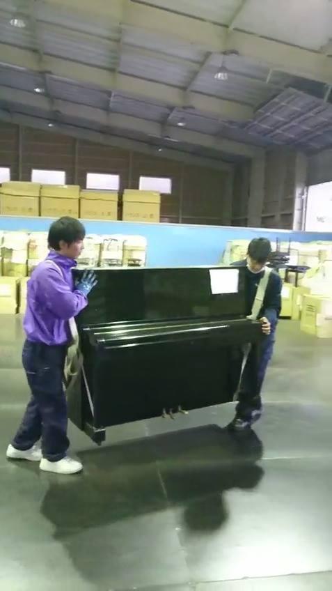 ピアノ担ぎ練習